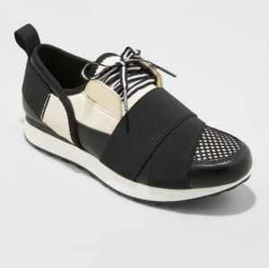 NWT Lace Up Sneakers /Walking/Running - 6/7/7.5